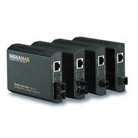 """Signamax 065-1120 10/100BaseT/TX to 100BaseFX Media Converter SC Singlemode, 15 km Span"""